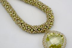 greenswfacetednecklace2